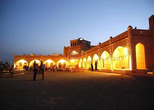 MatinAbad Desert Camp