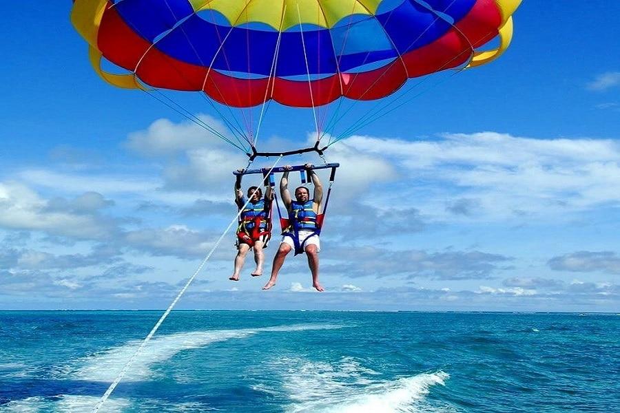 Parasol , Kish Water Sports