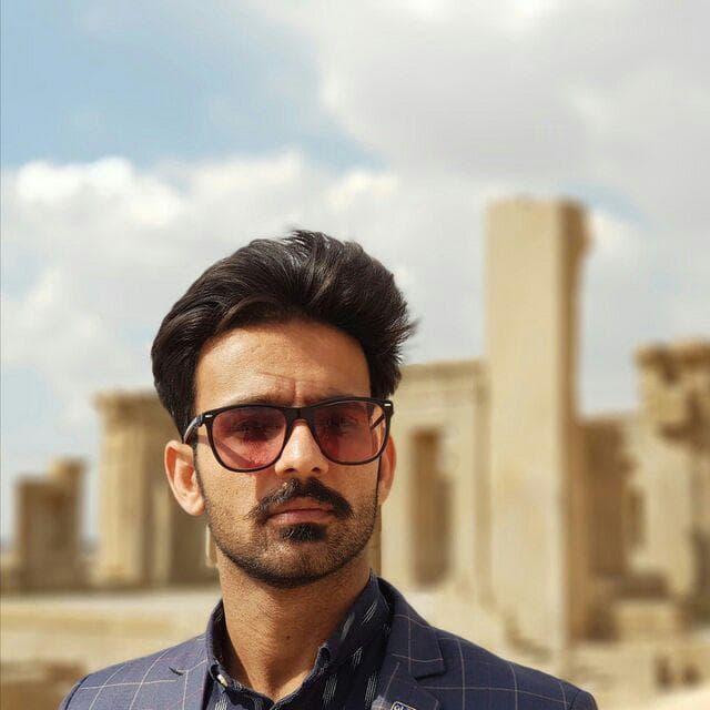 Ali Rashidi - Englsih Iran Tour guide