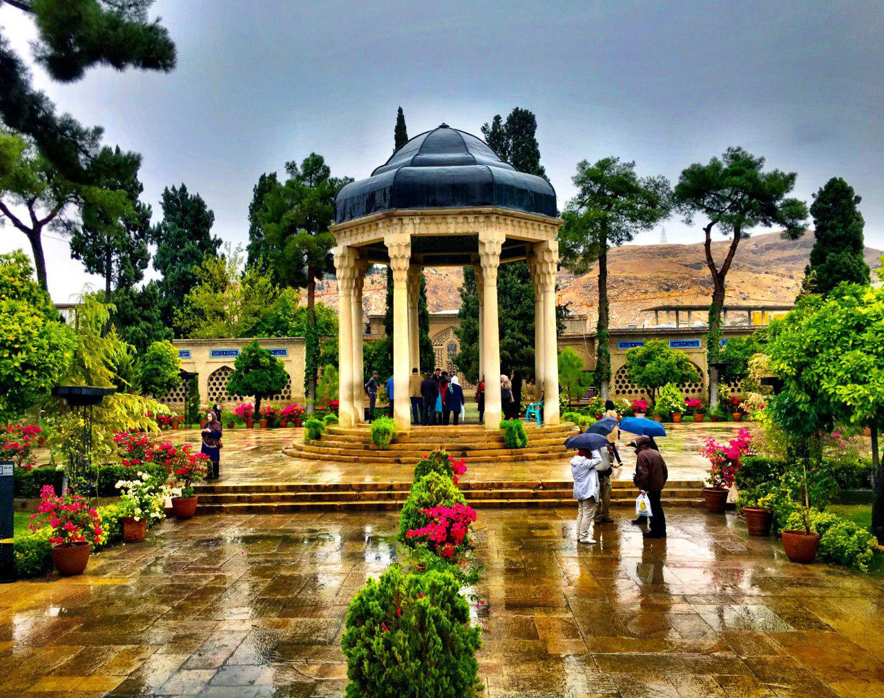Visit Mausoleum of Hafez, the Persian Poet in Shiraz - Destination Iran