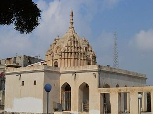 Hindu Temple in Bandar Abbas - Iran cities and islands tour