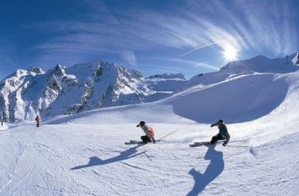 Iran Diving , Skiing Tour