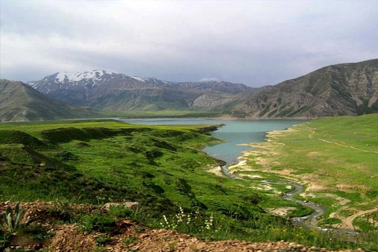 Laar lake , Mount Damavand