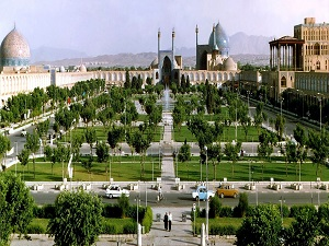 Naqshe Jahan Square in Esfahan during Iran nomad and city tour