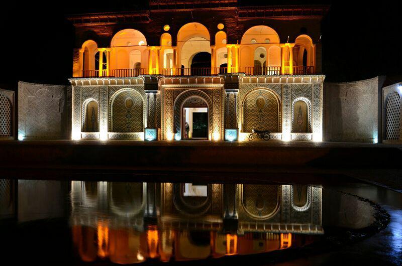 Shazdeh Garden is a green oasis lying in the heart of the desert