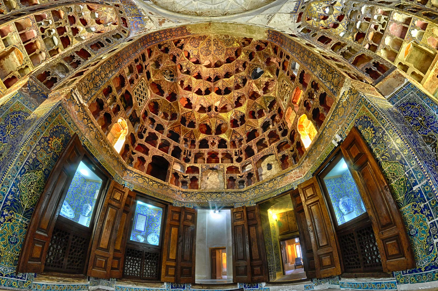 Sheikh_Safi-al-Din_Khānegāh_and_Shrine_Ensemble-beautiful mosques in Iran