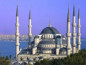 Sultan-Ahmed Mosque in Istanbul, Turkey - Asia Tour