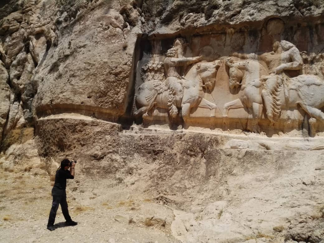 Iran benefits of thousands ancient reliefs, photo: @SamDavani