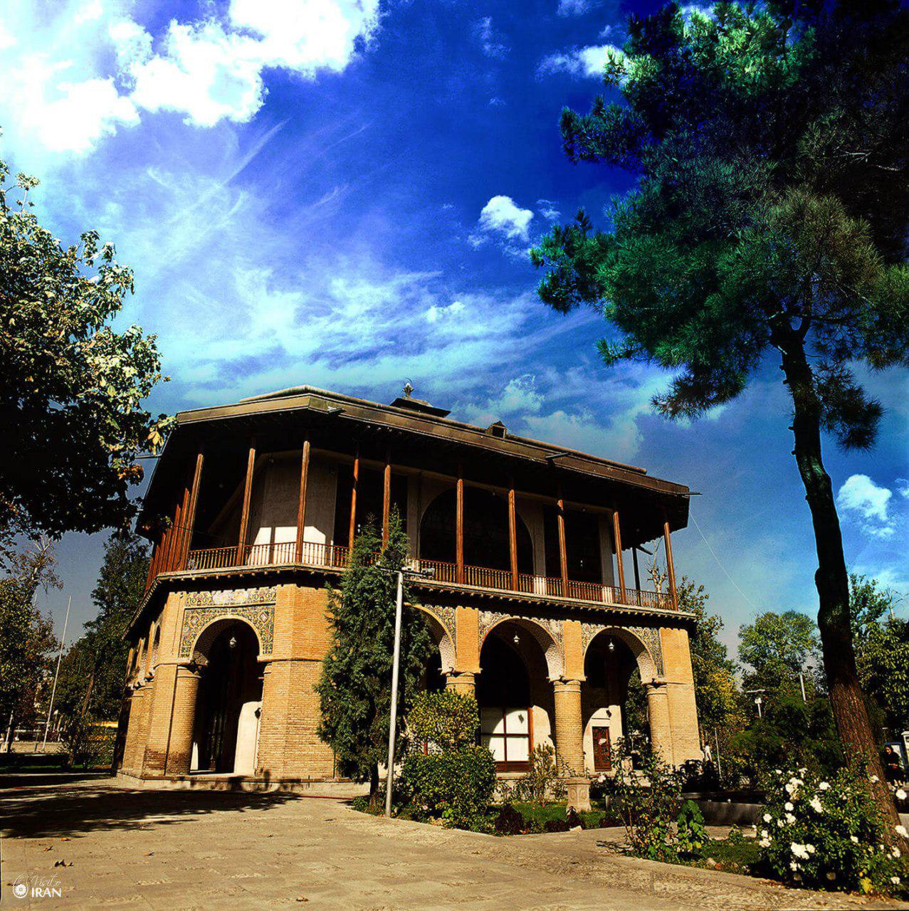 Kakh-e Chehel Sotun