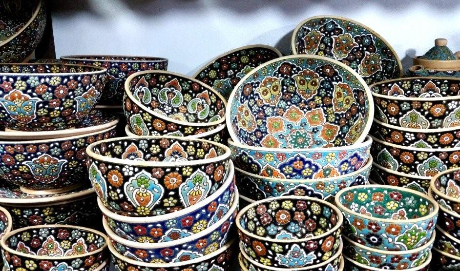 Iranian souvenirs-Hamedan pottery