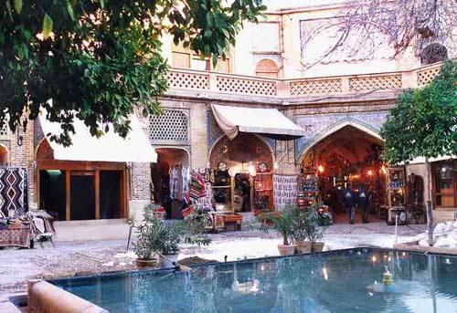 vakil bazaar Things to do in Iran